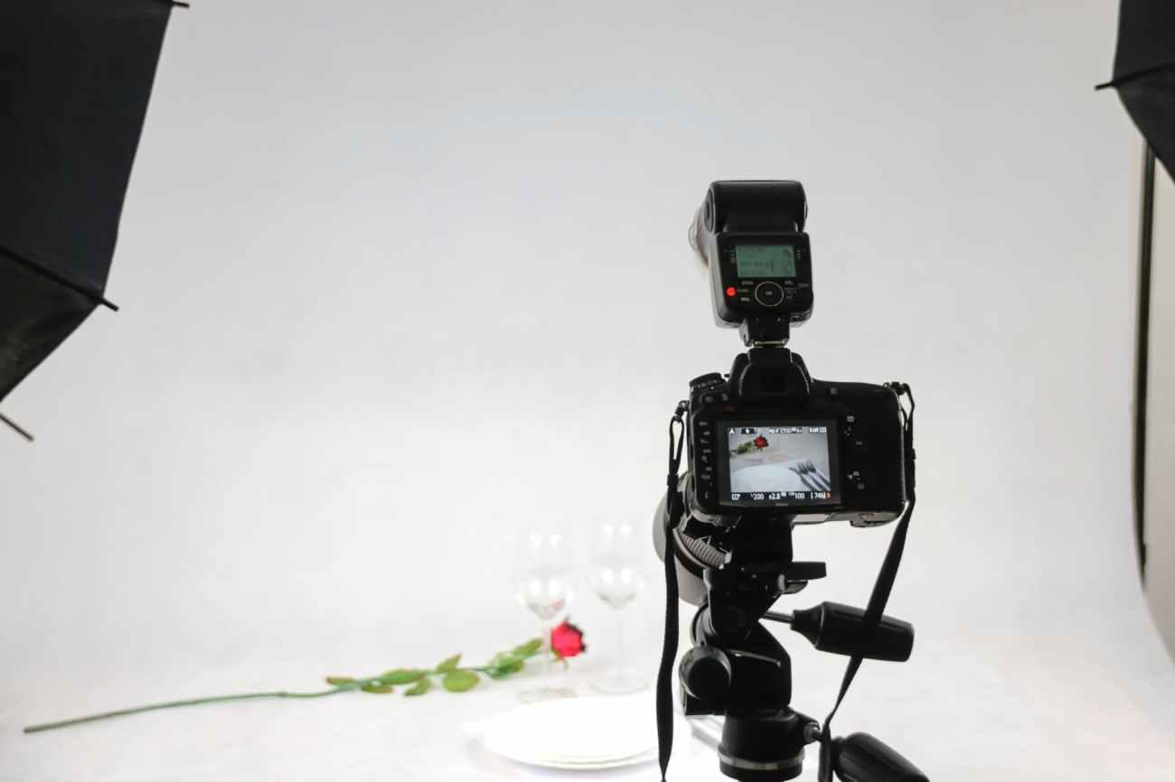 light camera photographer photography